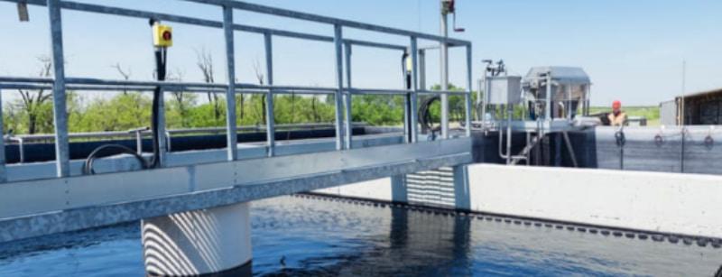 Wastewater treatment bridge